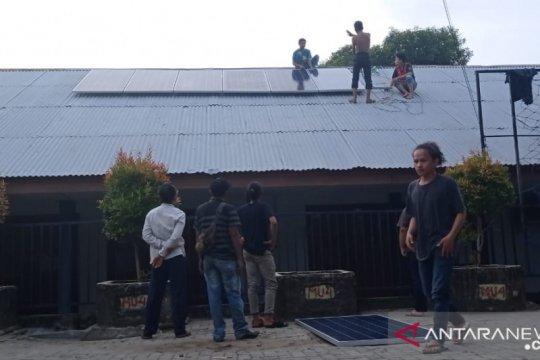 Listrik tenaga surya dipasang di SMA Muhammadiyah 4 Bengkulu