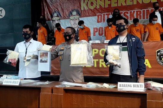 Polda Metro gerebek pesta gay di Jakarta Selatan