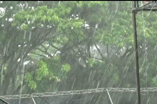 BMKG: puncak musim hujan diprediksi pada Januari-Februari 2021
