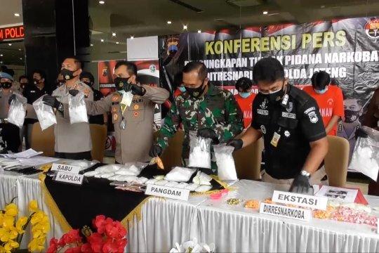 Polda Jateng ungkap penyelundupan 8 kg sabu