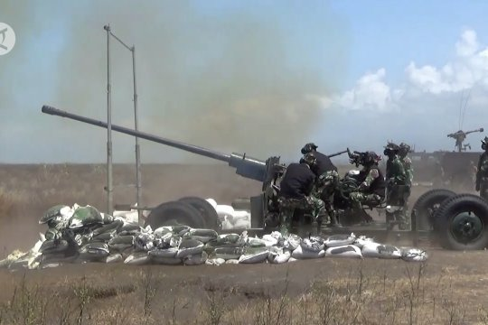 TNI AD gelar latihan menembak senjata berat di Pandanwangi
