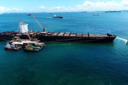 4 bulan kandas di perairan Batam, kapal Iran belum bisa dipindahkan