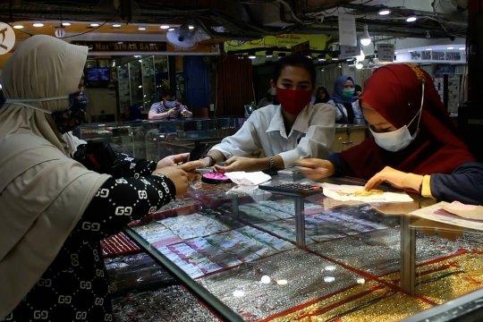 Keuntungan berinvestasi emas bagi warga di tengah COVID-19