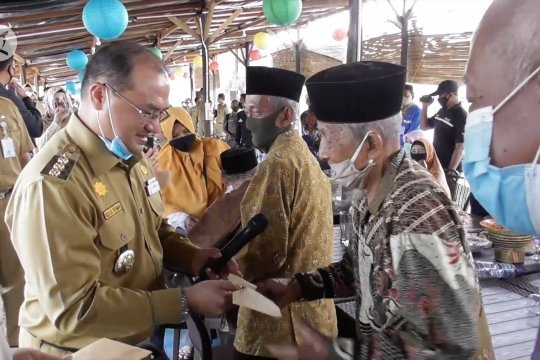 Pemprov Babel berikan santunan kepada veteran pejuang di Bangka Barat