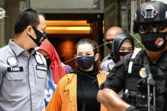 Reza Artamevia tertangkap narkoba, polisi kejar satu pelaku DPO