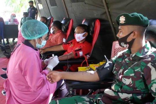 TNI gelar baksos donor darah gratis di perbatasan RI-PNG