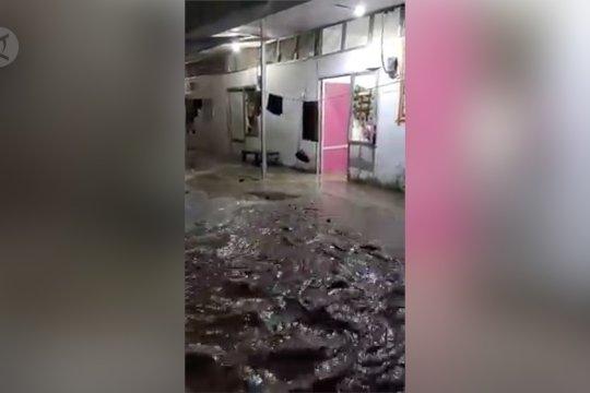 Huntara korban gempa Palu 2018 dilanda Banjir