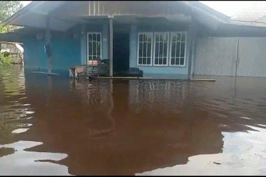 9 kecamatan di kabupaten Gunung Mas terendam banjir
