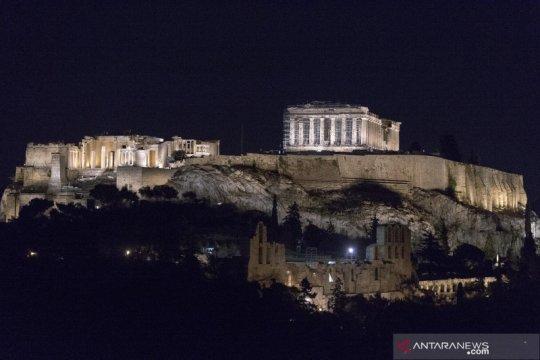 Masjid pertama Athena akhirnya dibuka untuk jemaah