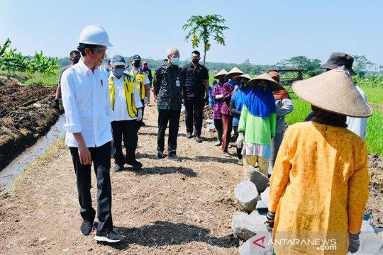 Dongkrak perekonomian rakyat, Kementan gencarkan padat karya irigasi