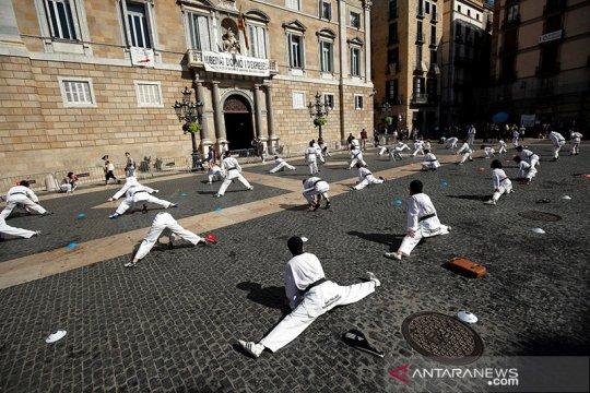 Spanyol akan 'lockdown' Madrid karena virus corona
