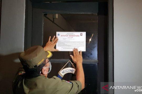 Delapan kafe di Jaktim ditutup karena layani konsumen di tempat