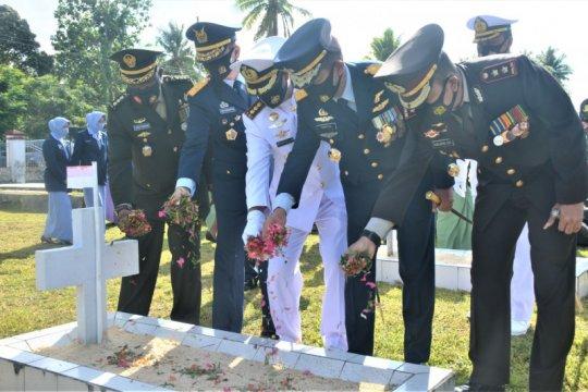 Panglima Koopsau III pimpin ziarah TMP Cenderawasih peringati HUT TNI