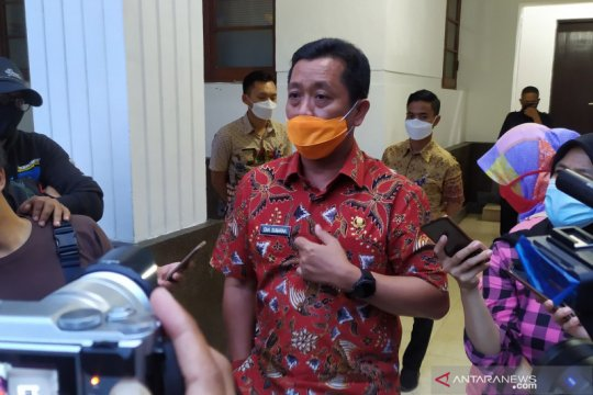 Sekda Kota Bandung katakan angka reproduksi COVID-19 menurun