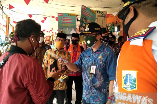 Wawali Jakbar kampanyekan prokes di Terminal Kalideres