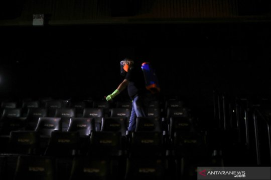 Harus ada sanksi tegas pelanggar protokol COVID-19 bioskop, kata IAKMI