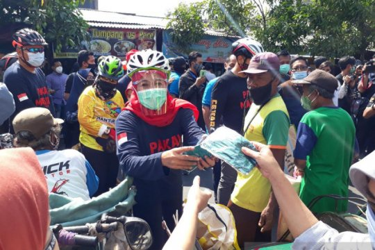 Tekan penyebaran, Khofifah kampanye penggunaan masker di Kediri