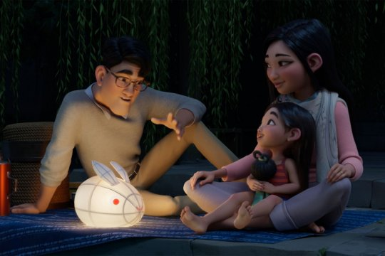 """Enam hal yang bisa dinantikan dari animasi """"Over The Moon"""""""