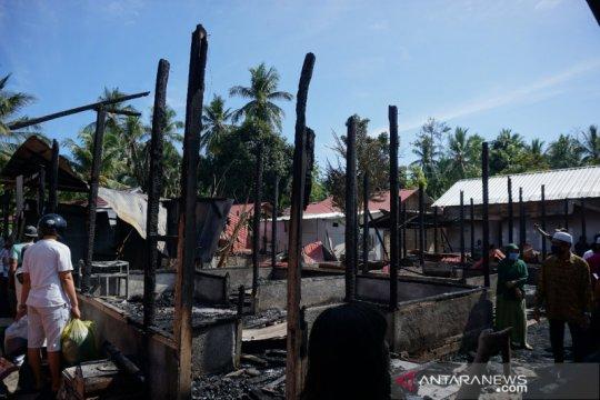 Dinas Sosial Lombok Utara salurkan bantuan untuk korban kebakaran