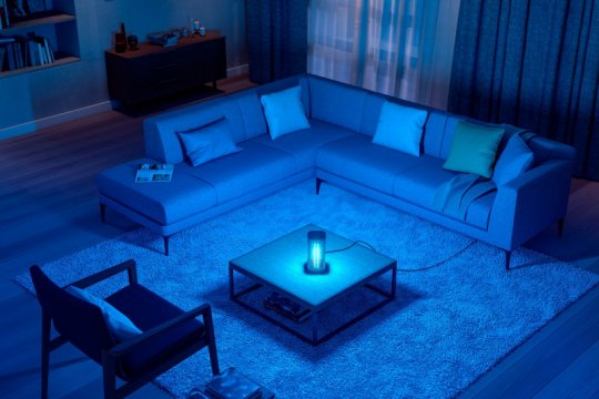 Signify Indonesia perkenalkan lampu meja UV-C penonaktif COVID-19