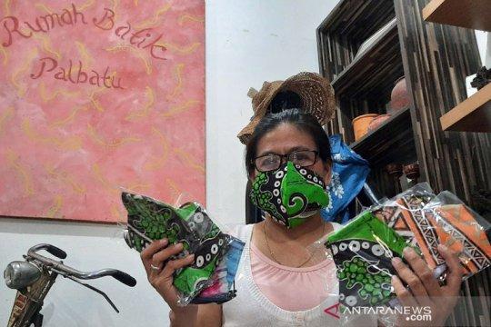 Perajin batik difabel di Jakarta Selatan kini memproduksi masker