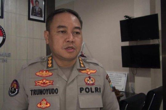 Polda Jatim dalami video viral polisi dangdutan di Tulungagung