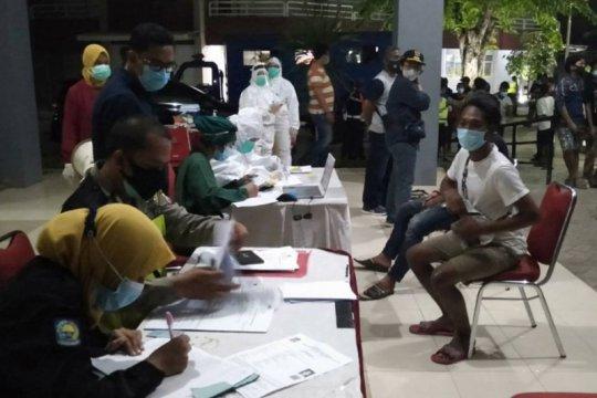 Tim Swab Hunter sasar tempat nongkrong anak muda di Surabaya