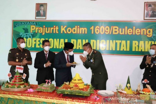 Kodim Buleleng rayakan HUT ke-75 TNI dengan donor plasma konvalesen