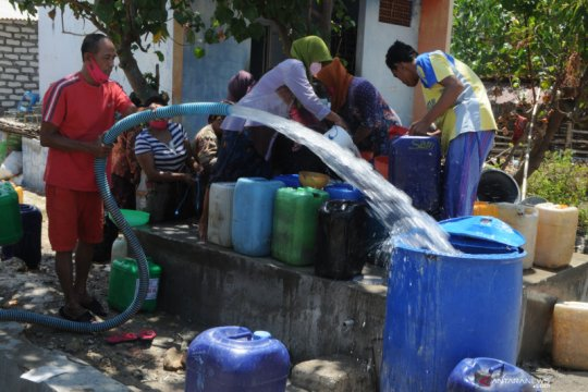FRPB Pamekasan distribusikan air bersih