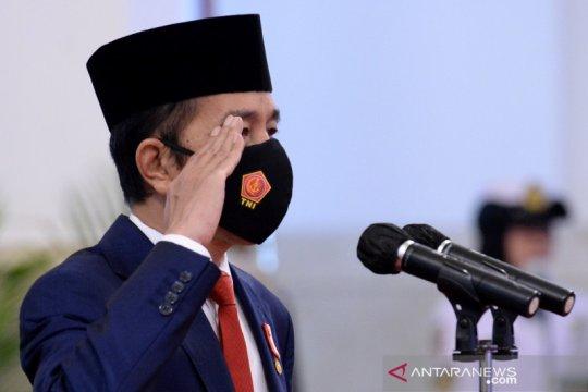 Presiden pimpin upacara HUT ke-75 TNI