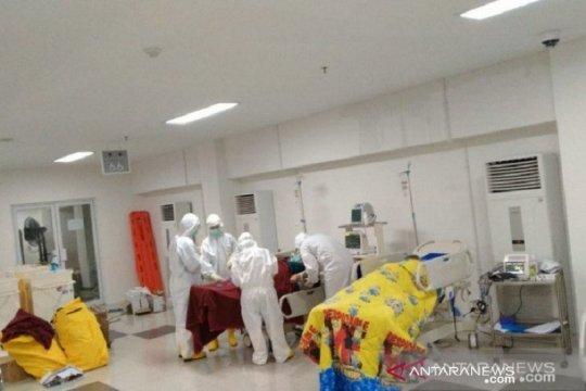 Ruang isolasi pasien COVID-19 di Wisma BKPSDM Babel penuh