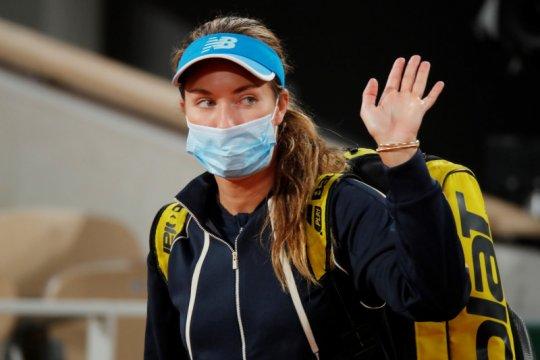 Collins lolos ke perempat final pertamanya di Grand Slam Paris