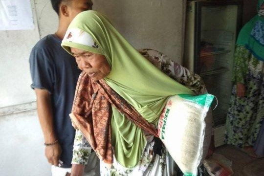 Antisipasi kerawanan pangan di Lebak, Kemensos beri bantuan sembako