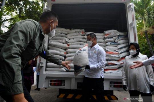 Mensos saksikan pencairan BST dan distribusi BSB di Surabaya