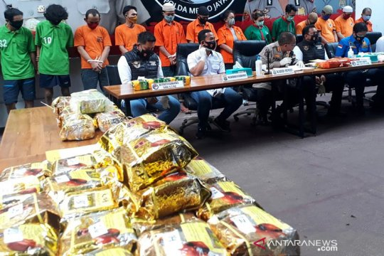 Polda Metro Jaya sita 66,8 kilogram sabu dan 7.330 pil ekstasi