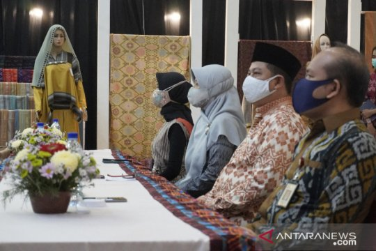 31 UMKM binaan BI NTB lolos kurasi ajang Karya Kreatif Indonesia 2020
