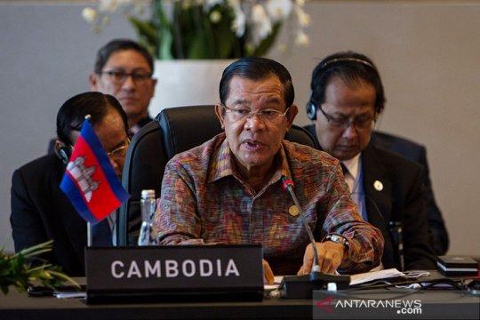 121 lawan politik PM Hun Sen diadili atas tuduhan makar