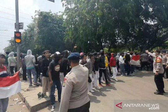 TNI-Polri sekat perbatasan timur Jakarta antisipasi provokator