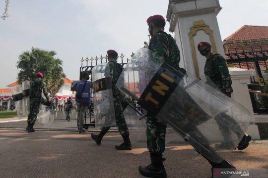 Pengamanan unjuk rasa tolak UU Cipta Kerja