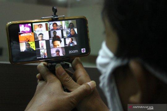 Unjuk rasa tolak UU Cipta Kerja secara virtual