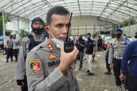Polisi di Padang ungkap remaja pengunjuk rasa ricuh dibayar