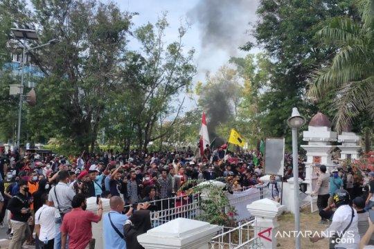 Warga khawatir demonstrasi munculkan klaser baru COVID-19 di Kupang