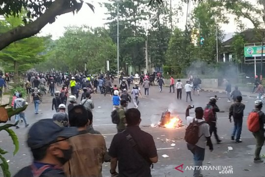 Polisi tangkap 429 orang dari 3 hari aksi berujung rusuh di Bandung