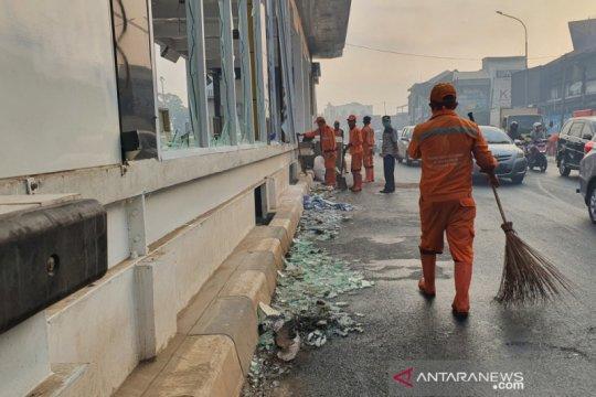 60 PPSU dari Kelurahan Kramat bersihkan kawasan Senen