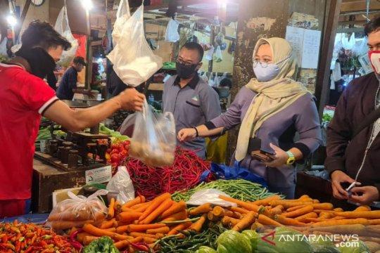 BUMD Pasar di Bogor wajibkan pedagang kenakan masker