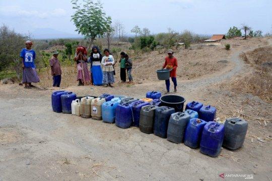 Kesulitan air bersih di Situbondo