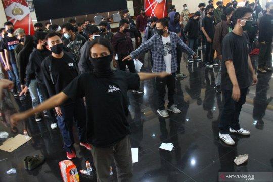 Satgas: 123 demonstran yang diamankan reaktif COVID-19