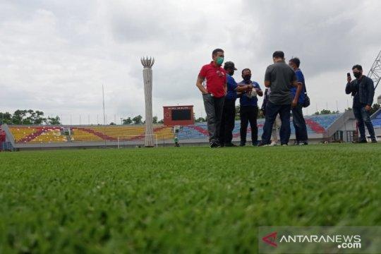 Perbaikan rumput Stadion Jakabaring capai 75 persen
