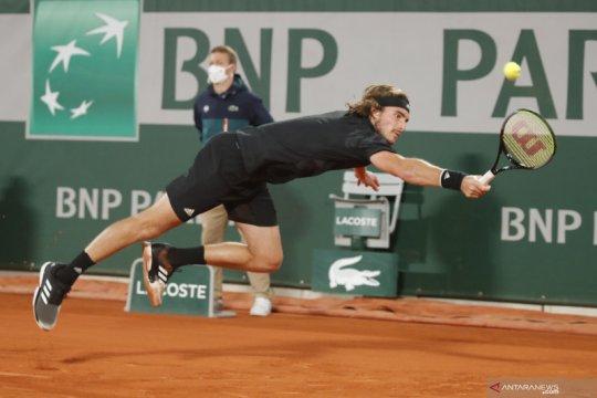 Masih cedera, Tsitsipas mundur dari Saint Petersburg Open
