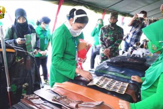 Hetty Andika Perkasa kagumi keterampilan Persit di Sumedang